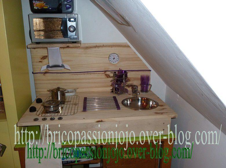 comment fabriquer une cuisine pour petite fille with comment fabriquer une cuisine pour petite. Black Bedroom Furniture Sets. Home Design Ideas
