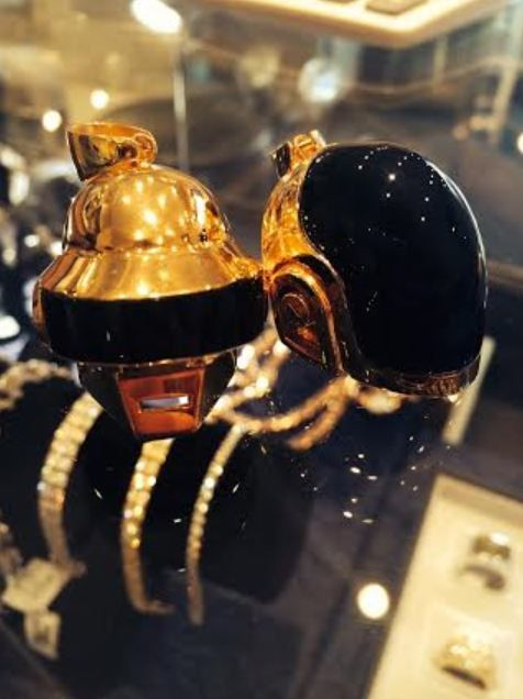 Bijoux Daft Punk (Casques Guy-Manuel de Homem-Christo et Thomas Bangalter )