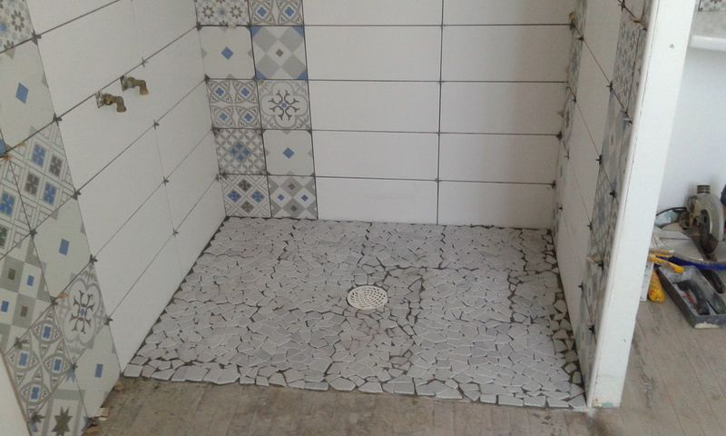 Douche italienne www - Mosaique carreau de ciment ...