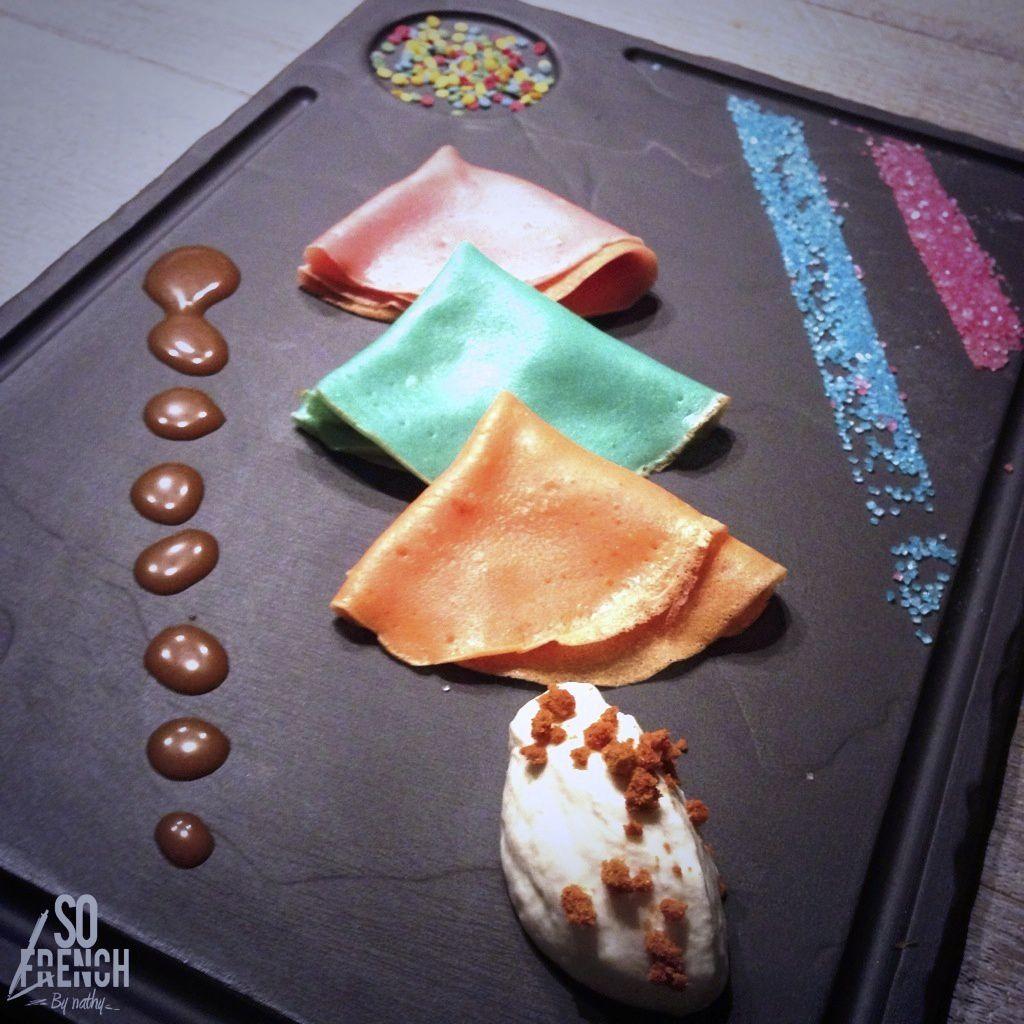 Mettez des la couleur dans vos crêpes en utilisant des colorants alimentaires...