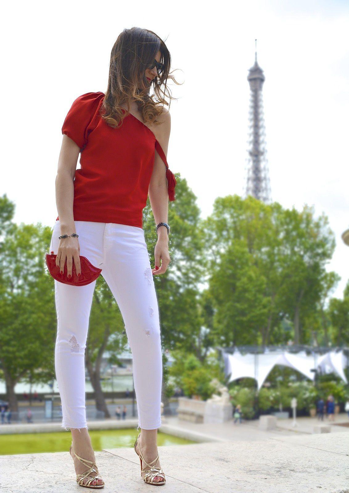 Rouge baiser à Paris 💋