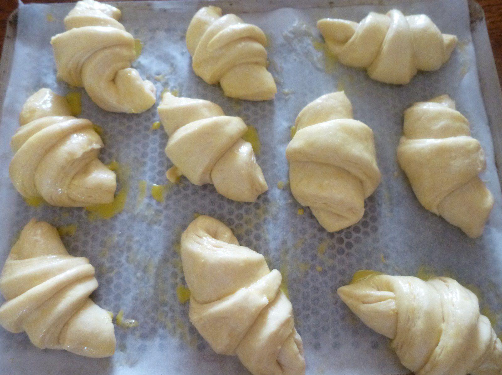 petits pains chocolat et croissants