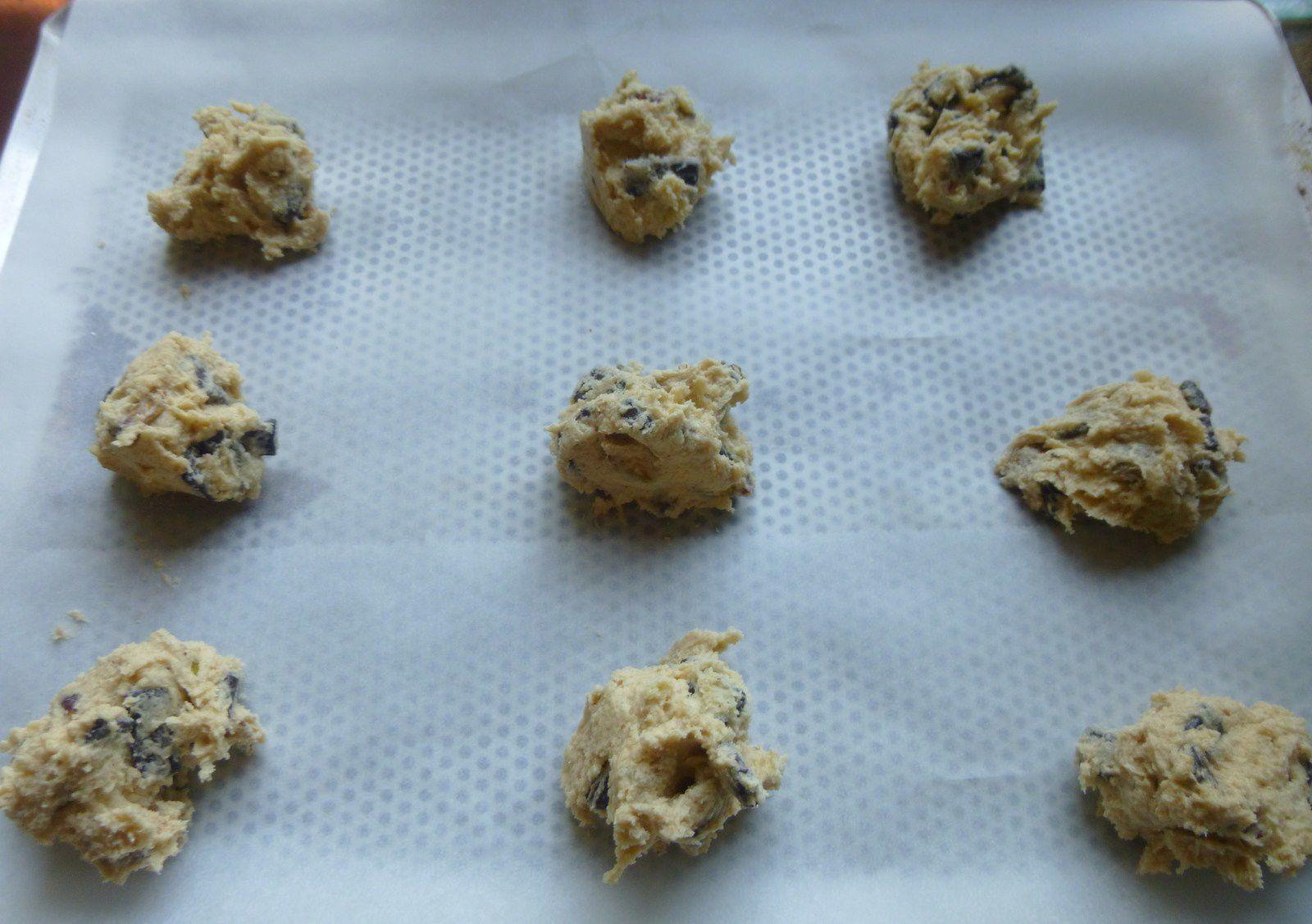 cookies cassonade aux pépites de chocolat et noix de pécan/pistaches ...ou ce que l'on veut!