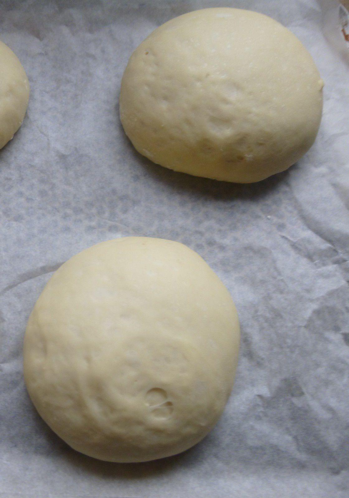 buns ou pains pour hamburgers