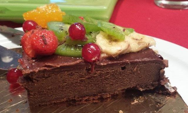 fondant chocolat de cyril ligniac en robe de fruits