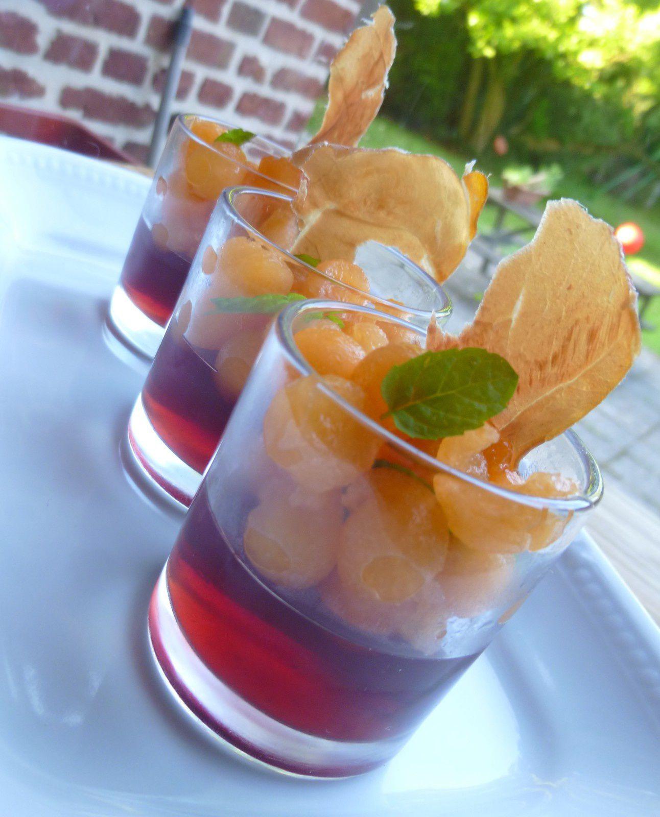 verrines de gelée de porto au melon,chips de parme
