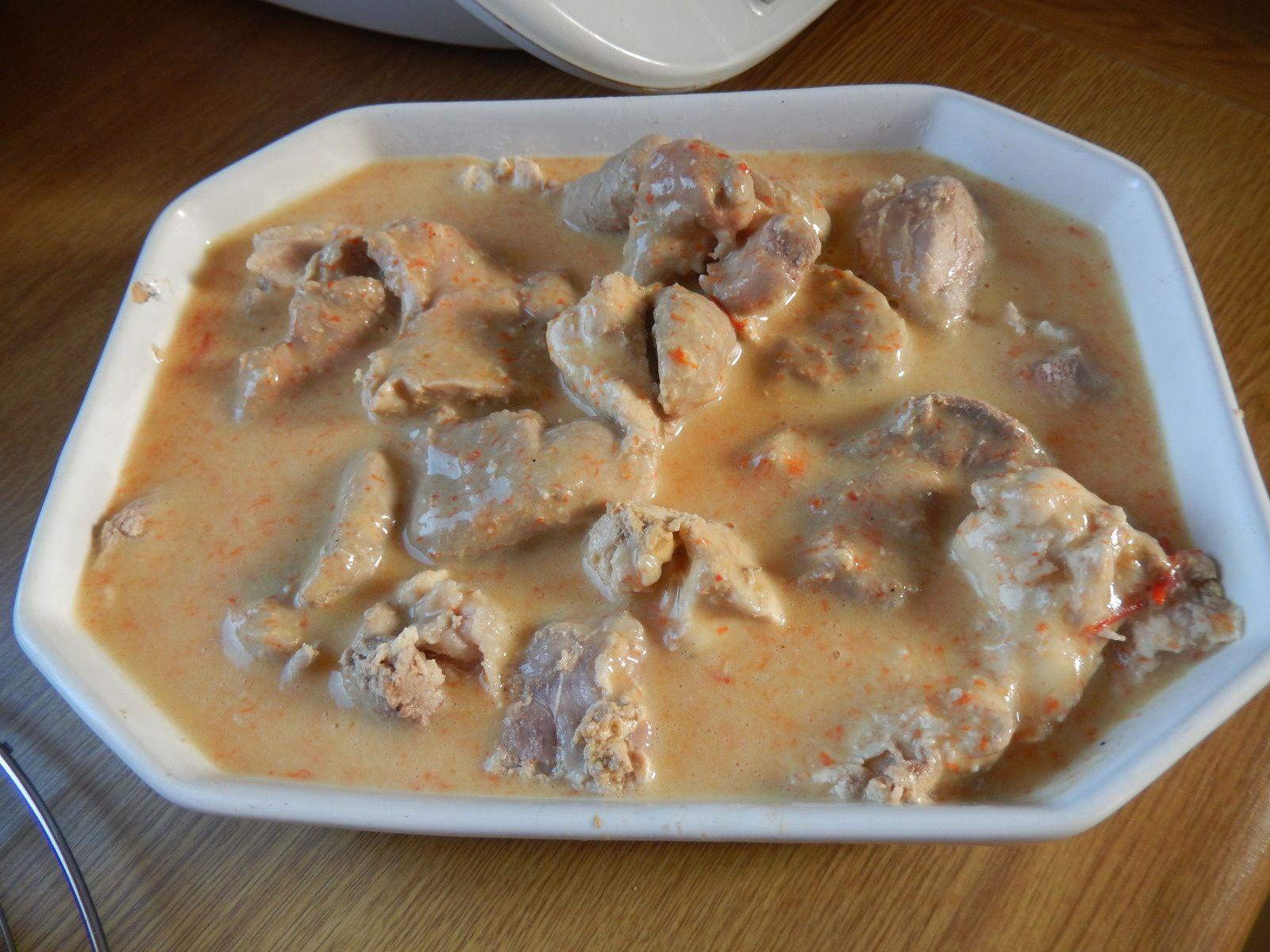 filet mignon de porc et blanc de poulet,coco,curry,citron vert,gingembre