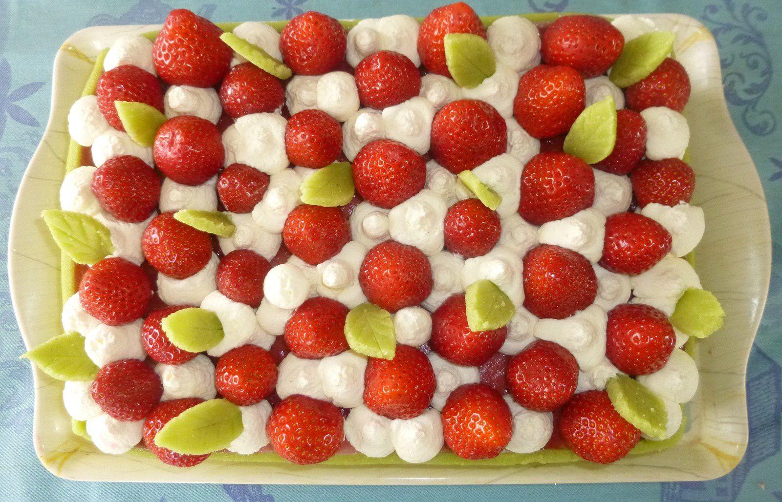 Gâteau entremet fraîcheur aux fraises