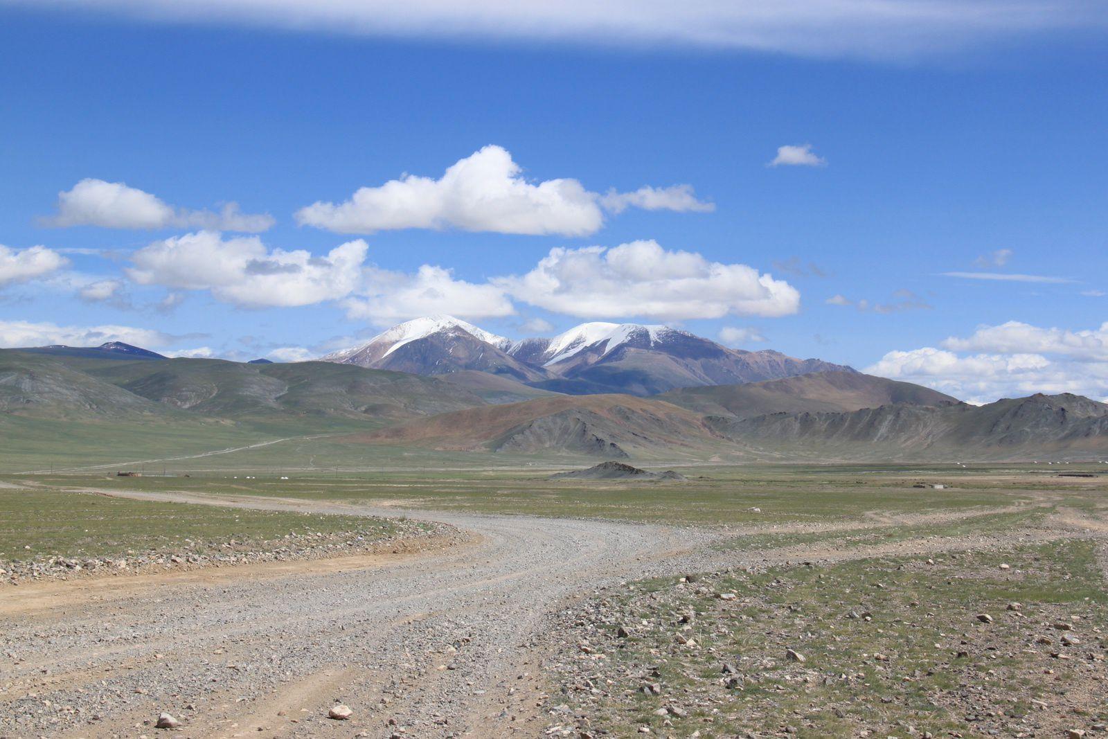 Olgii - Khovd : 238 km