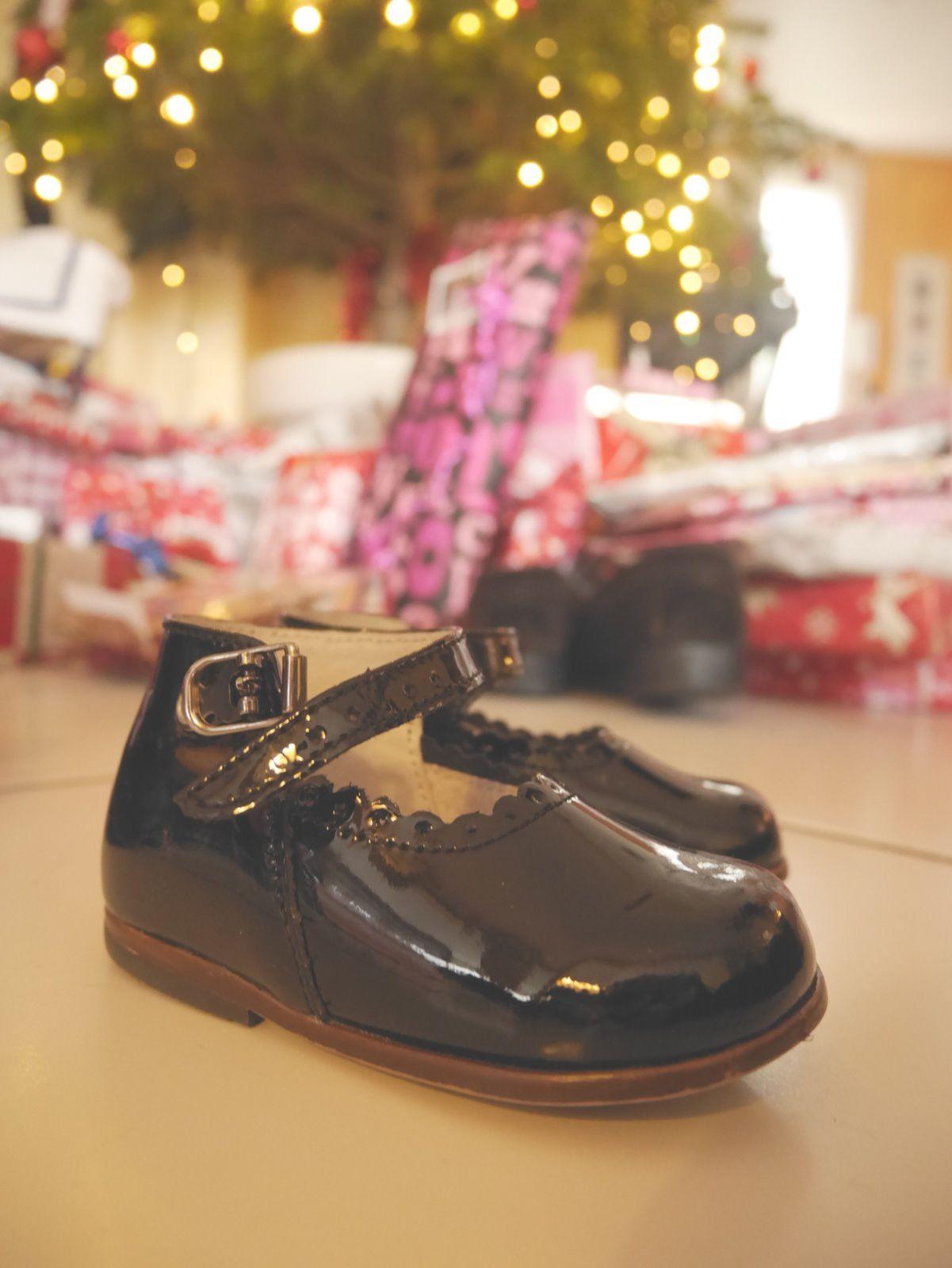 8. Avoir mis les chaussures sous le sapin en attendant le Père Noël