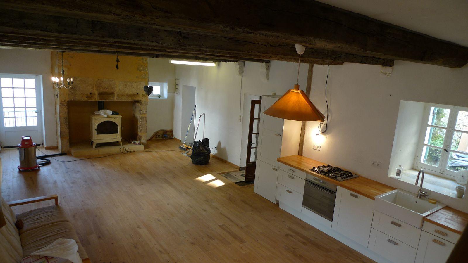 Amenager une cheminee ancienne le salon est la pice o on aime prendre du temps se dtendre et se - Demolition cheminee ancienne ...
