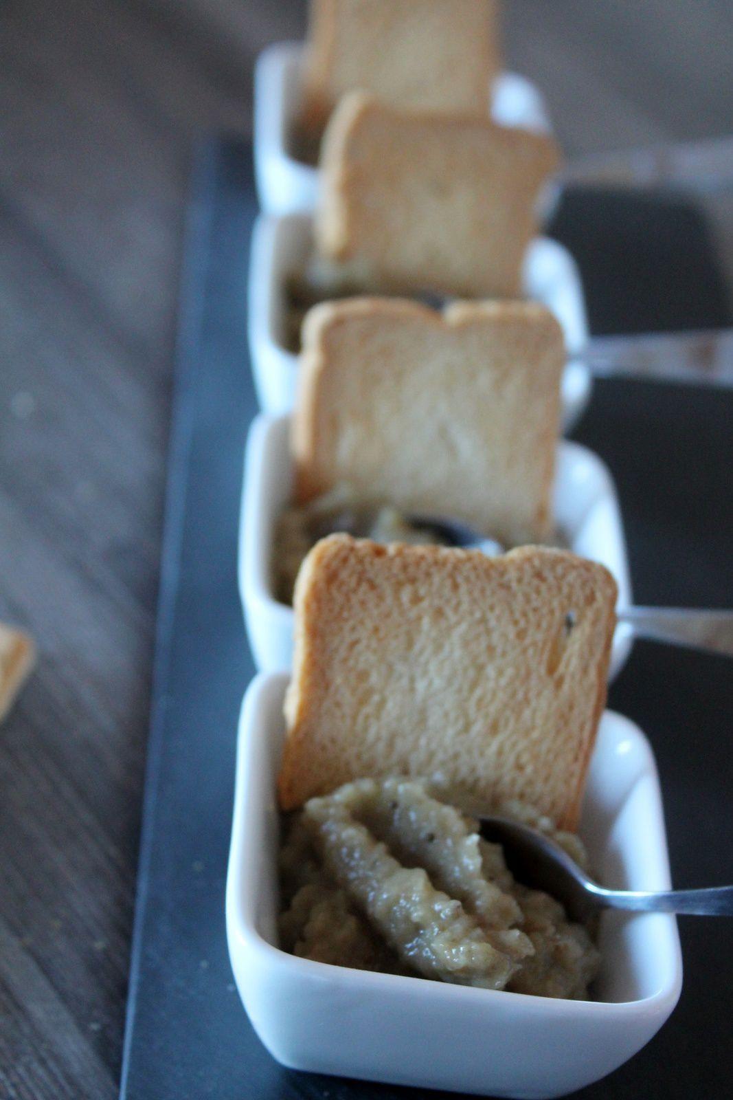 crema d'albergínia i anxoves (caviar aubergine)