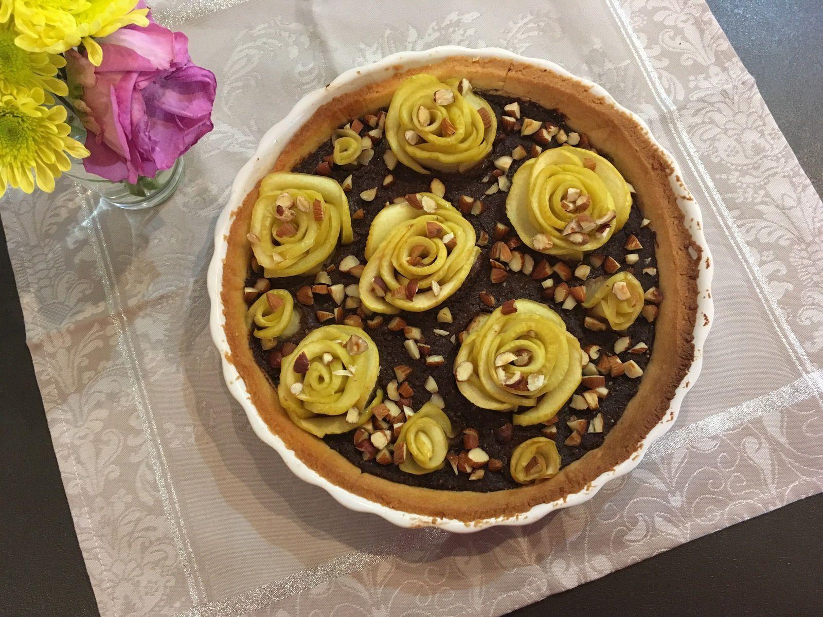 Rose tarte pomme, chocolat, amande