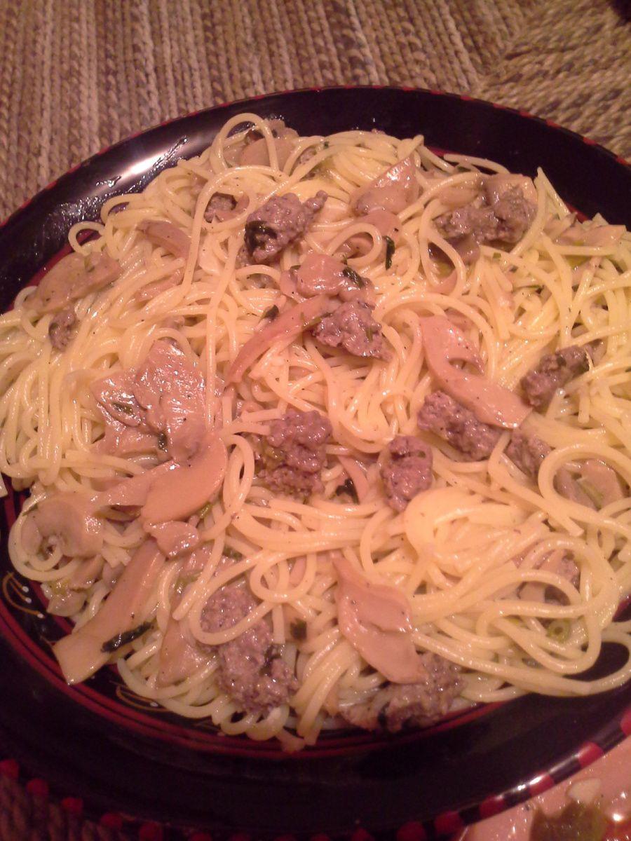 spaghettis à  l'ail et champignons