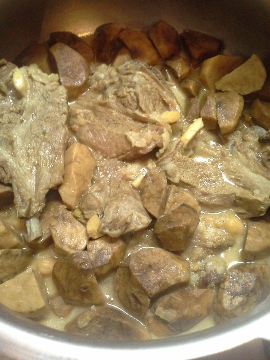 Truffes  (terfess) en sauce blanche