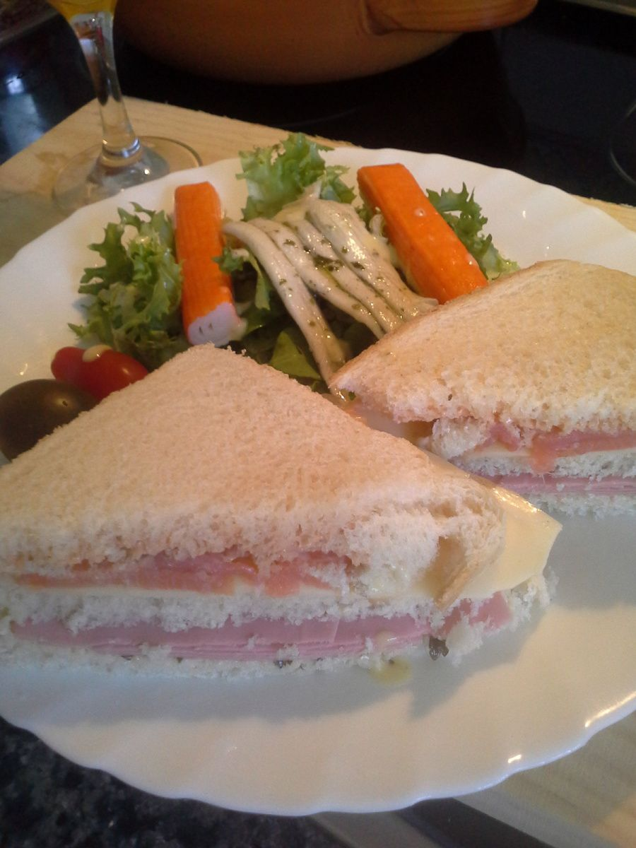 Club sandwich vite fait bien fait.