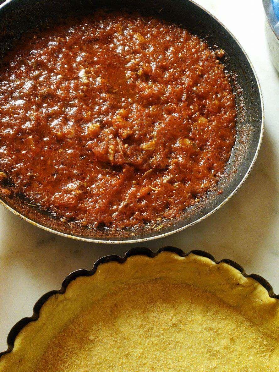 Tarte à  la tomate et aux Anchois