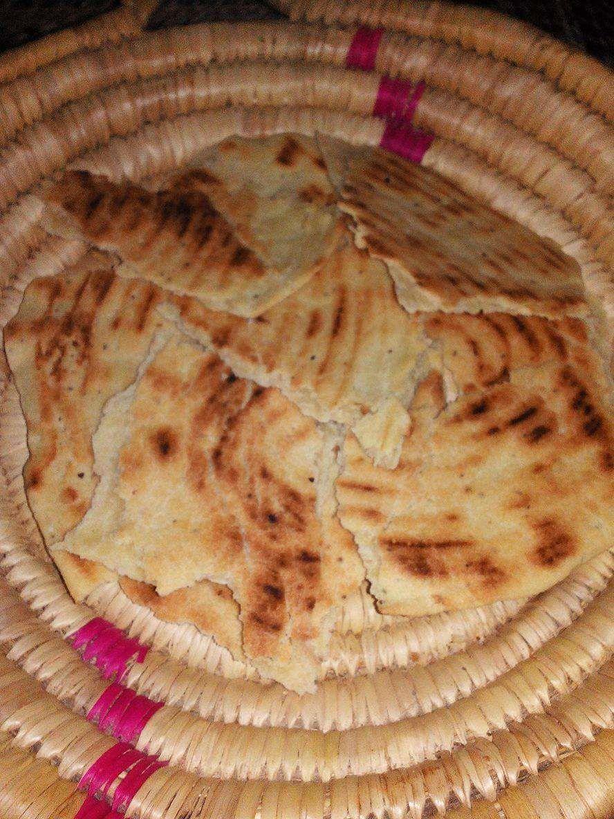 Kesra ou galette aux graines de chia et lin