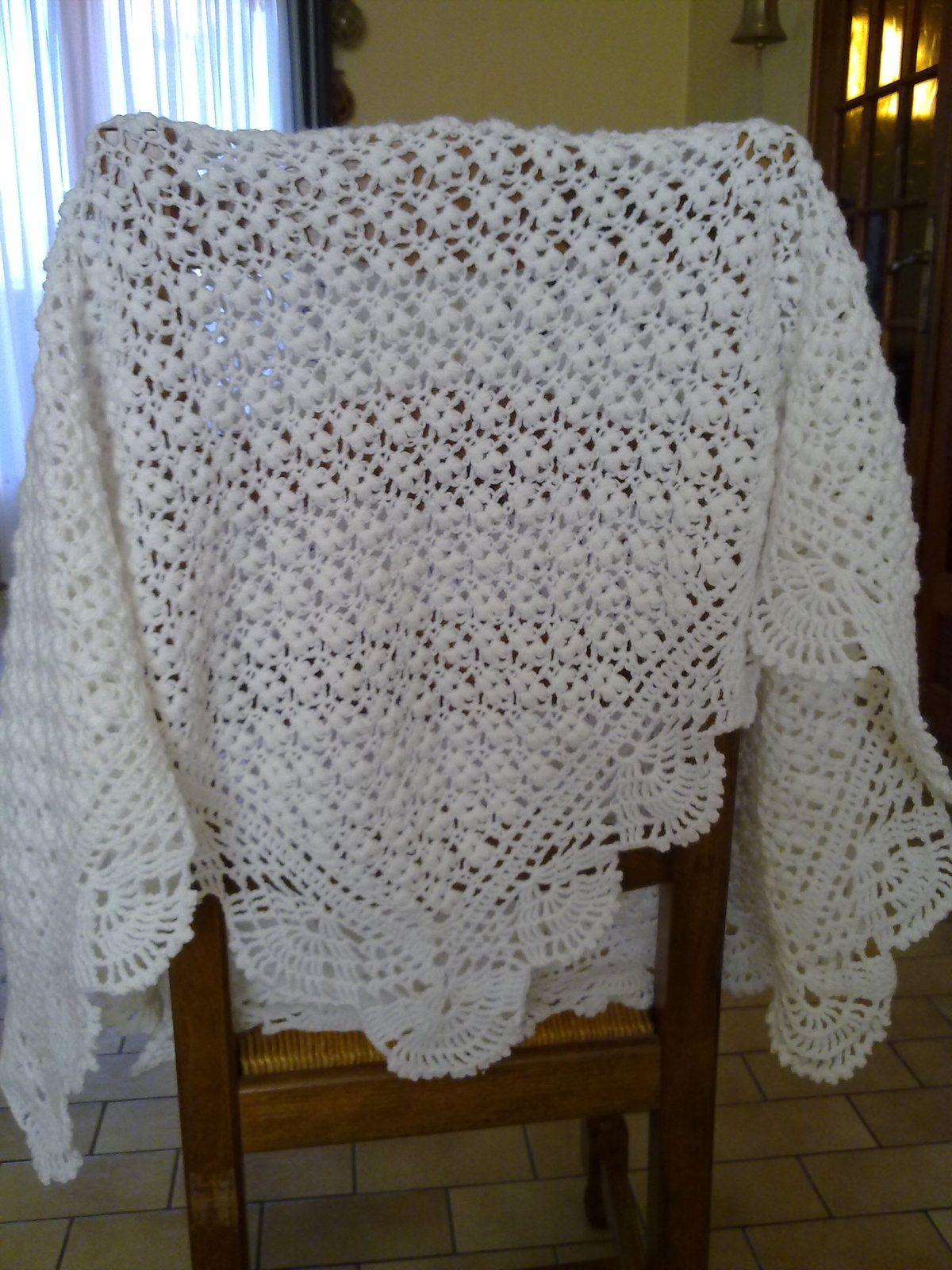 Le ch le au crochet de b b les tricots de manou - Quel point pour tricoter une echarpe ...