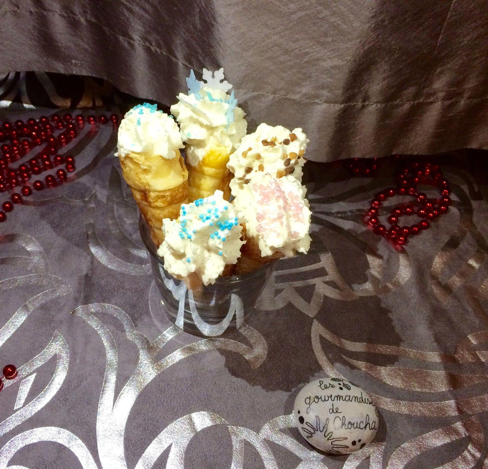 Cônes sucrés : chantilly vanille chocolat blanc ( Michalak)