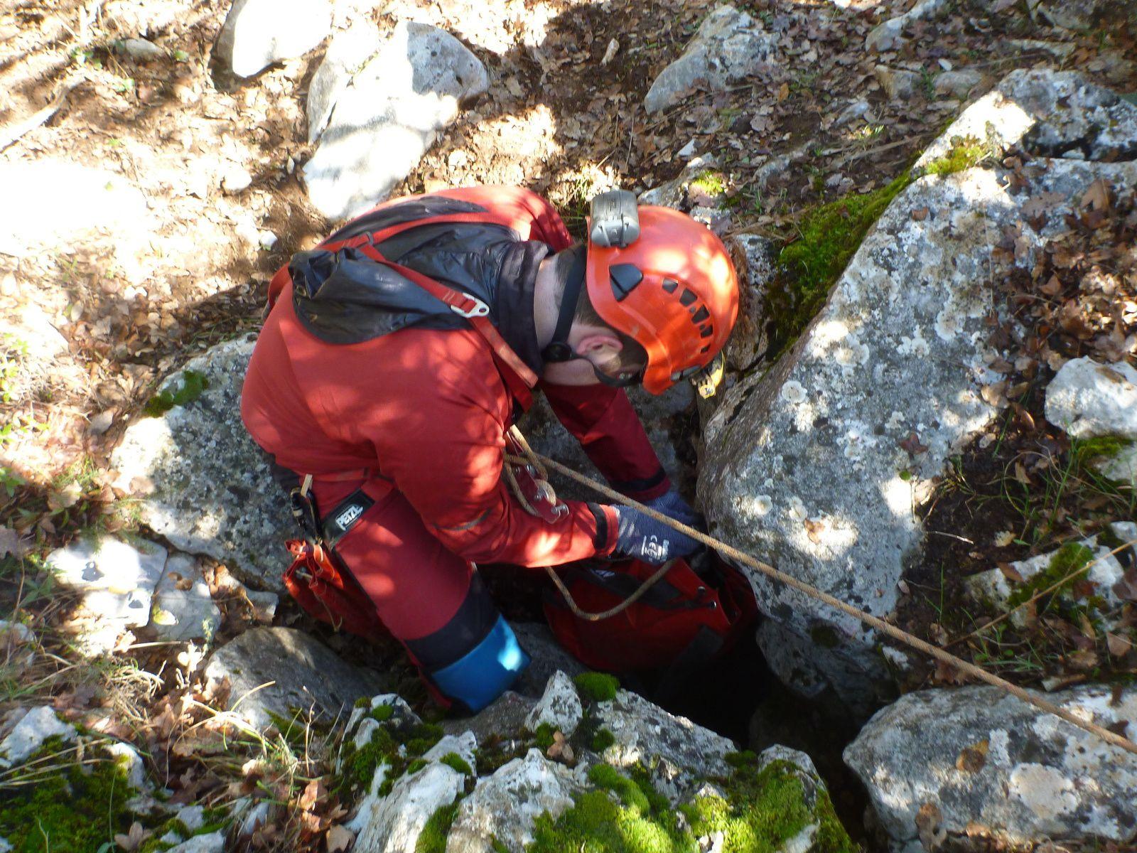 Dimanche 23 mars : Désob aux Catacombes et équipement aven du Provençal