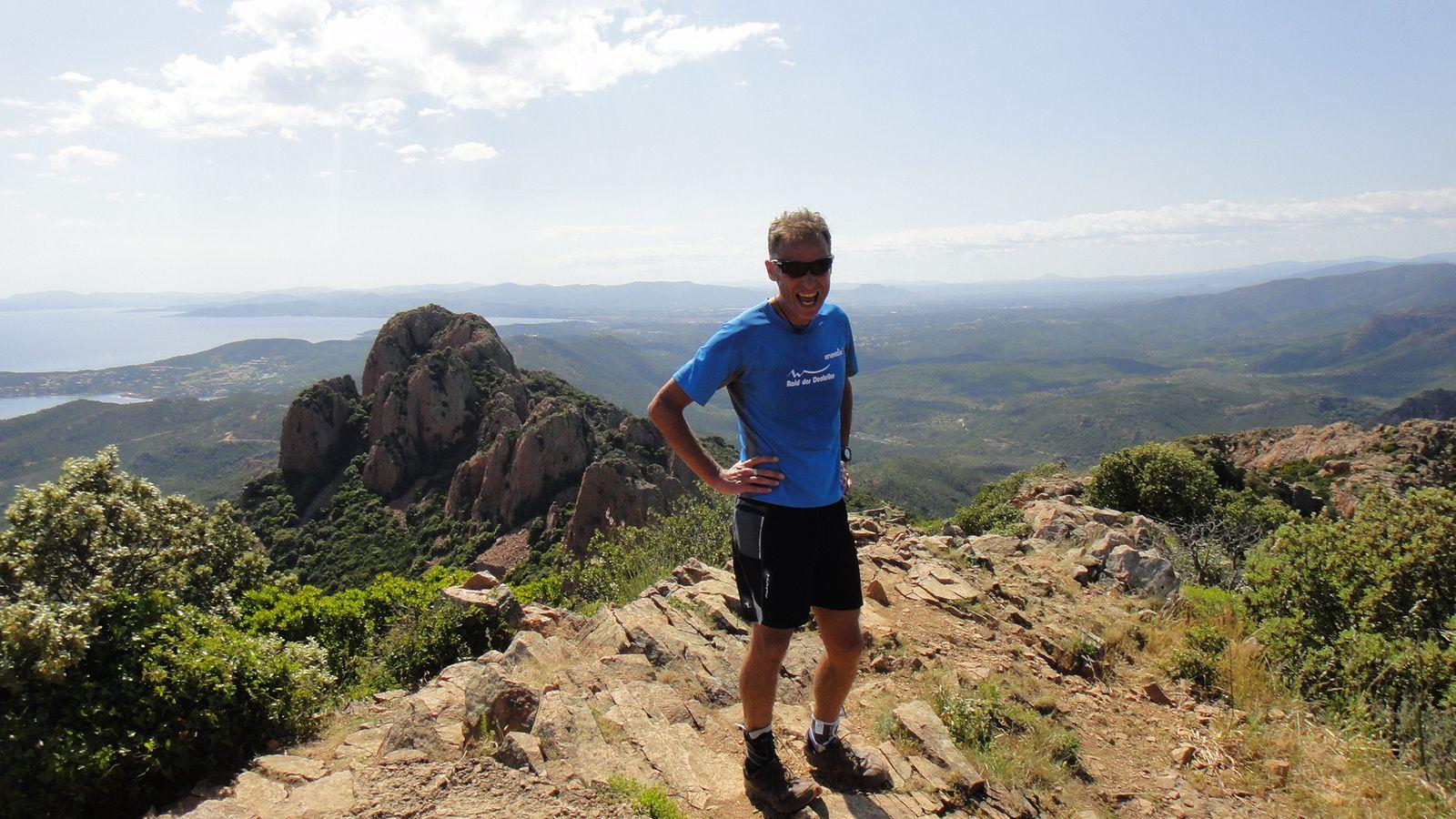 Pic du Cap Roux (453m)