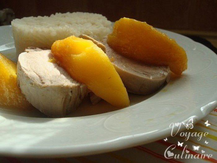 Filet mignon de porc aux pêches jaunes
