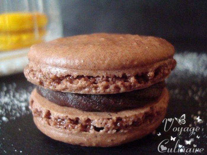 Macarons au chocolat noir et vanille Bourbon