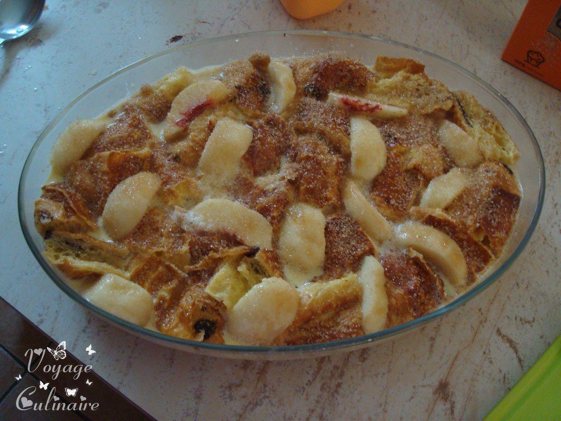 Pudding de pains au chocolat aux nectarines