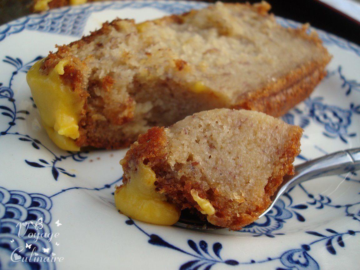 Cake à  la banane et son glaçage à la mangue