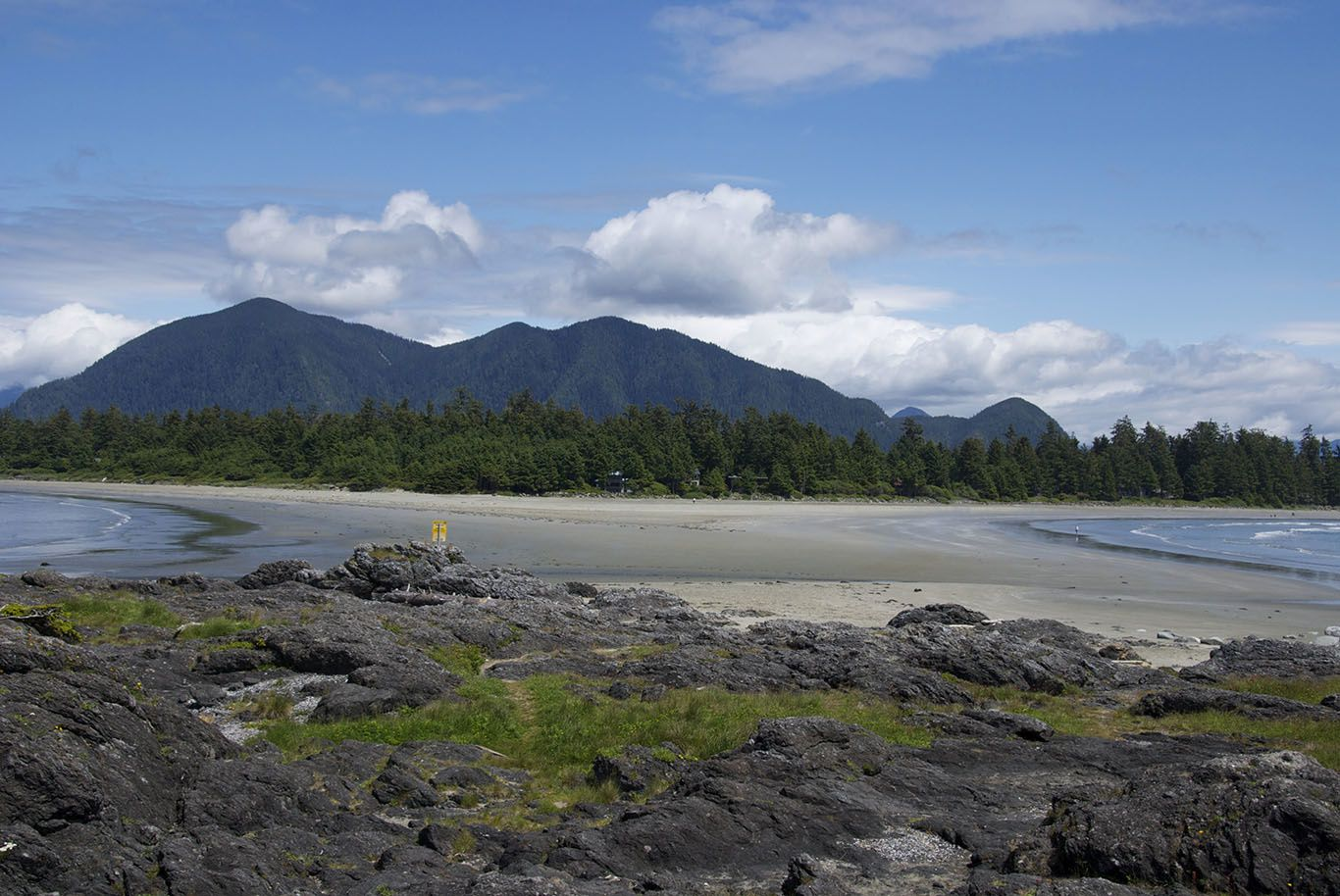 Tofino: Kayaking, biking, walking and fantastic sightseeing in the awesome Middle Beach Lodge