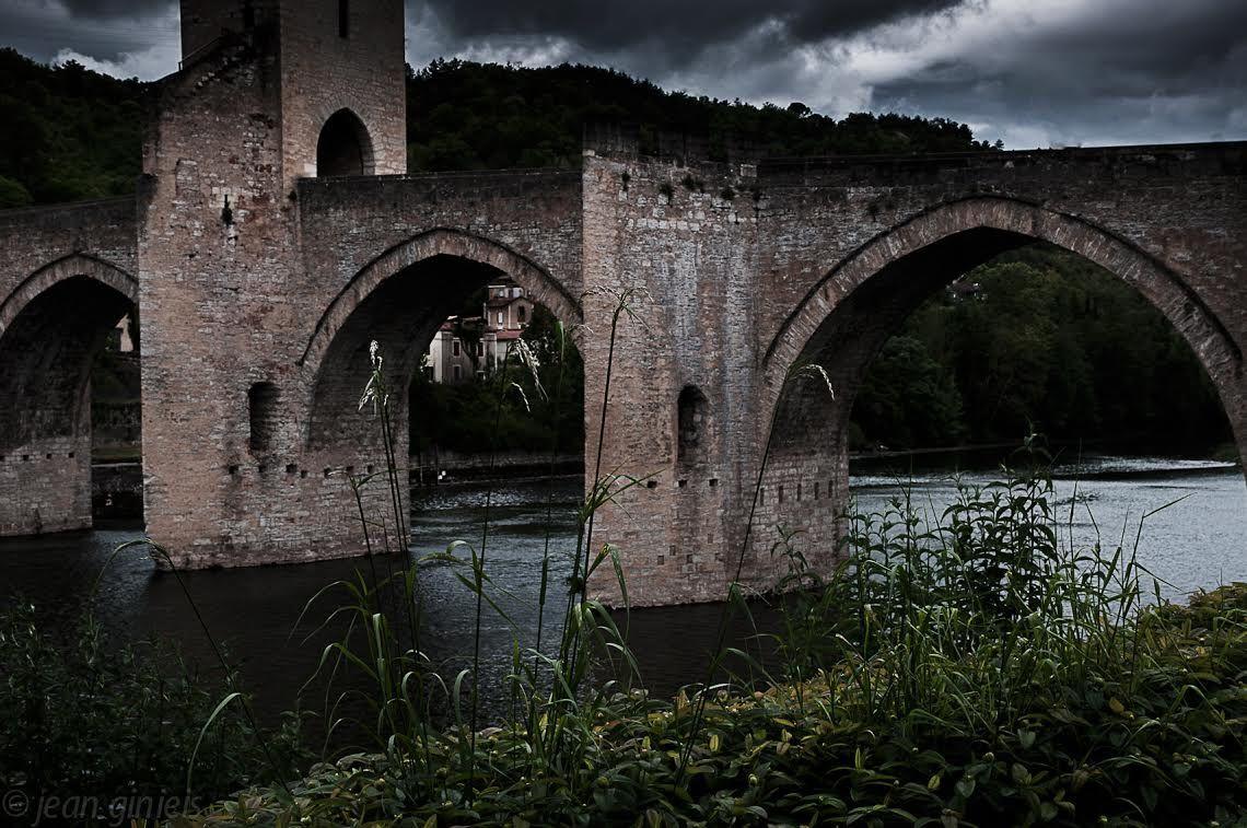 © Jean Ginieis / Pont Valentré