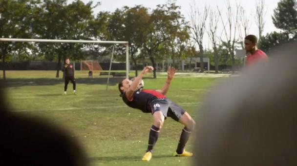 La nouvelle pub Nike Football est ENORME : avec Ronaldo, Neymar Jr., Rooney, Ibrahimović, Iniesta et...HULK !!!