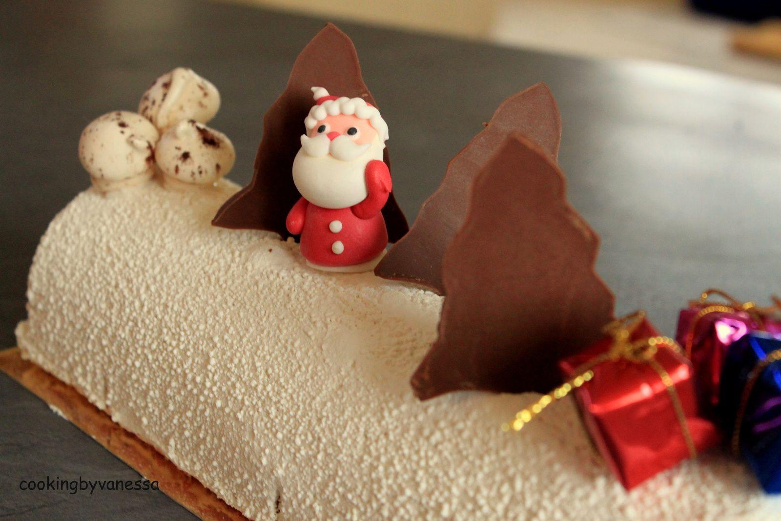 Bûche framboise et chocolat blanc