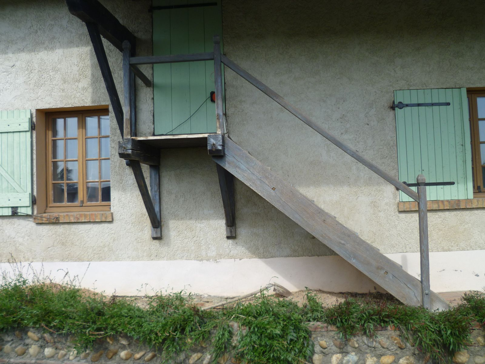 R fection d 39 un escalier ext rieur de fa ade denis for Faience facade exterieur