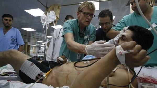 Le médecin Norvégien Mads Gilbert à GAZA