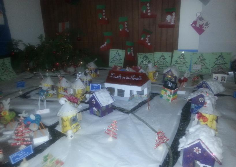 Fête de Noël 2015 - Quelques photos du village créé par les enfants