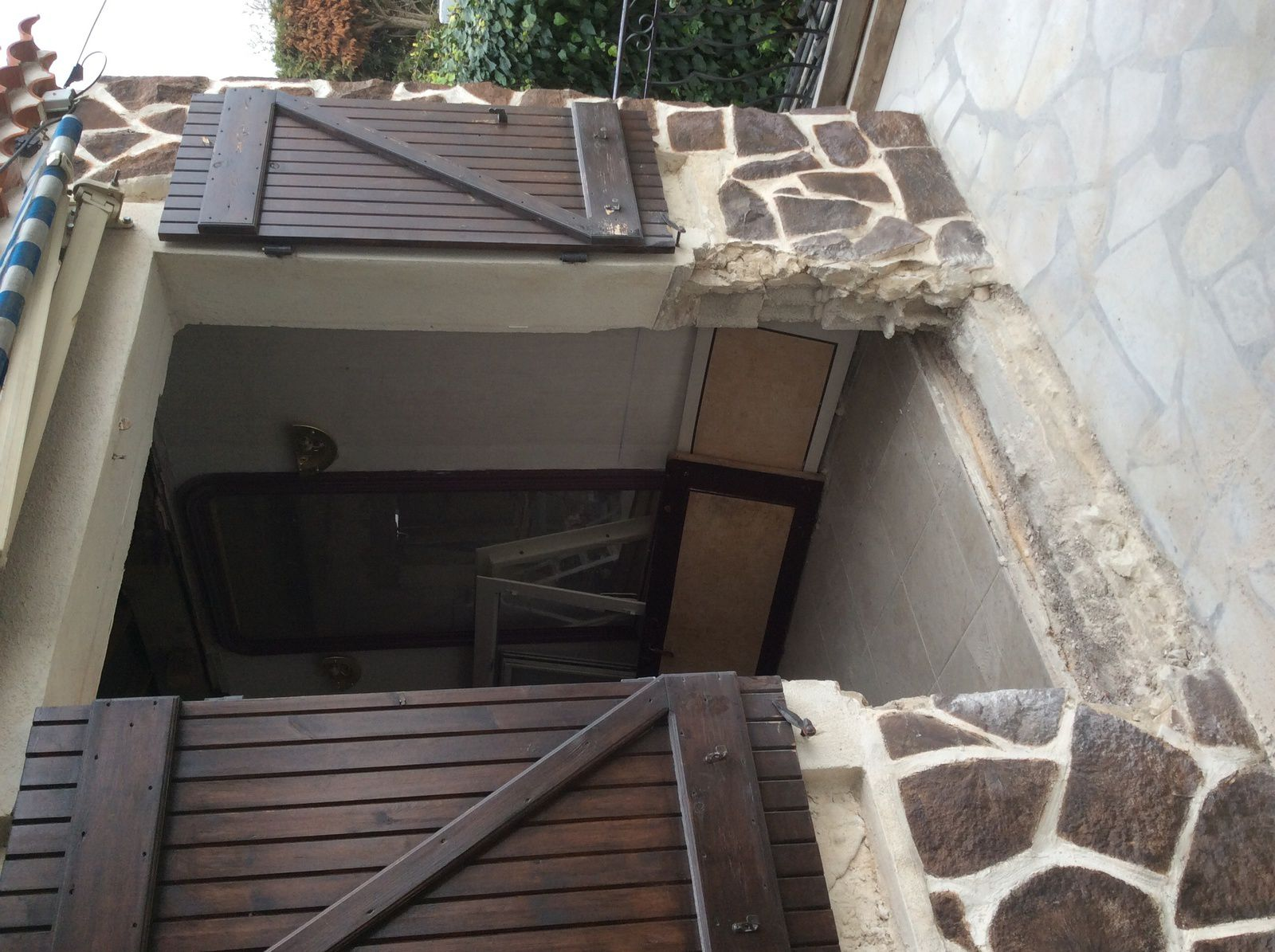 Ouverture porte fen tre s jour r novation d 39 une maison for Ouverture fenetre
