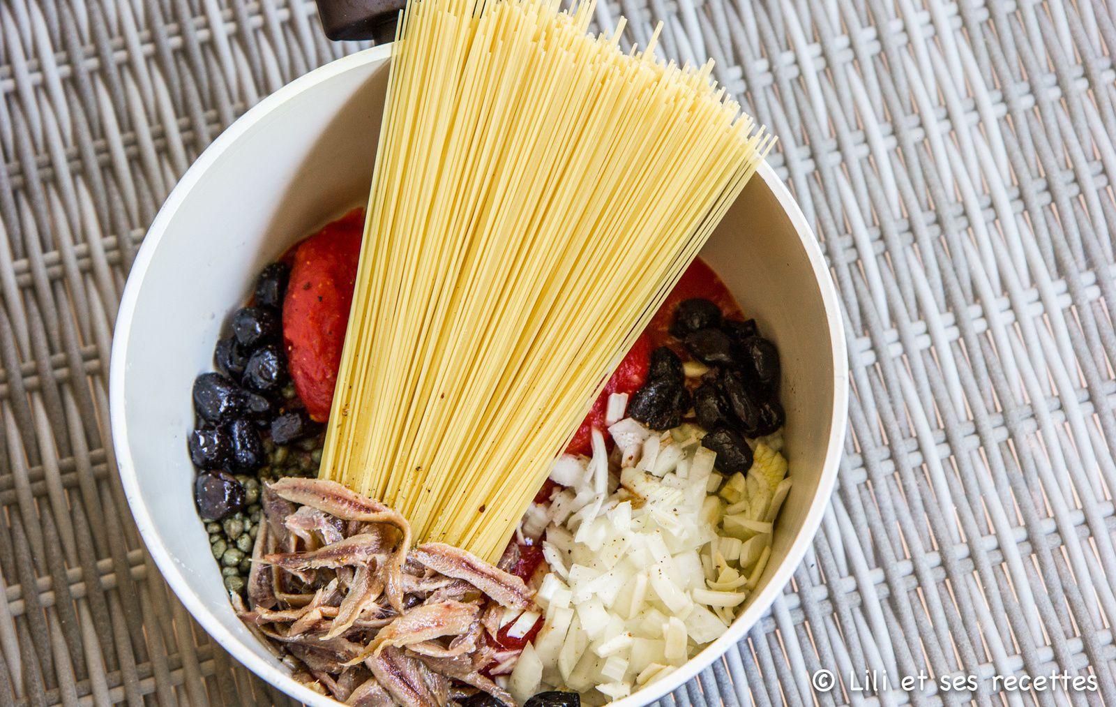 One-Pot Pasta alla Puttanesca