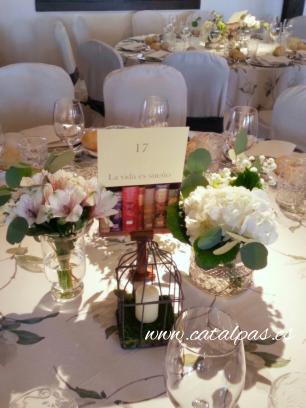 #decoracion #catalpas #bodasdiferentes #bodas2016 #centrosmesa