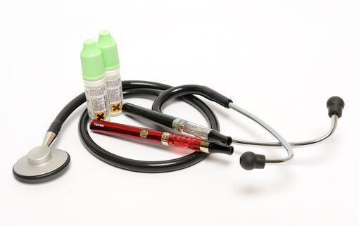 La cigarette électronique, un enjeu de santé publique