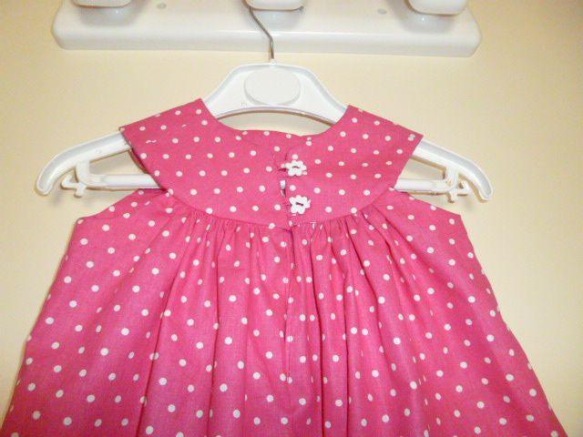 robe à empiècement taille 1 an