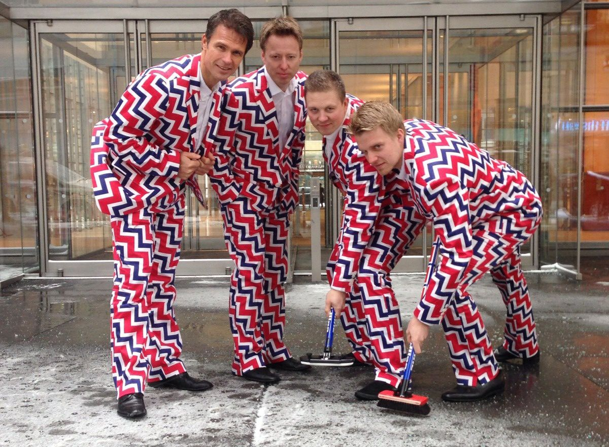 Official norwegian's curling team's outfit.