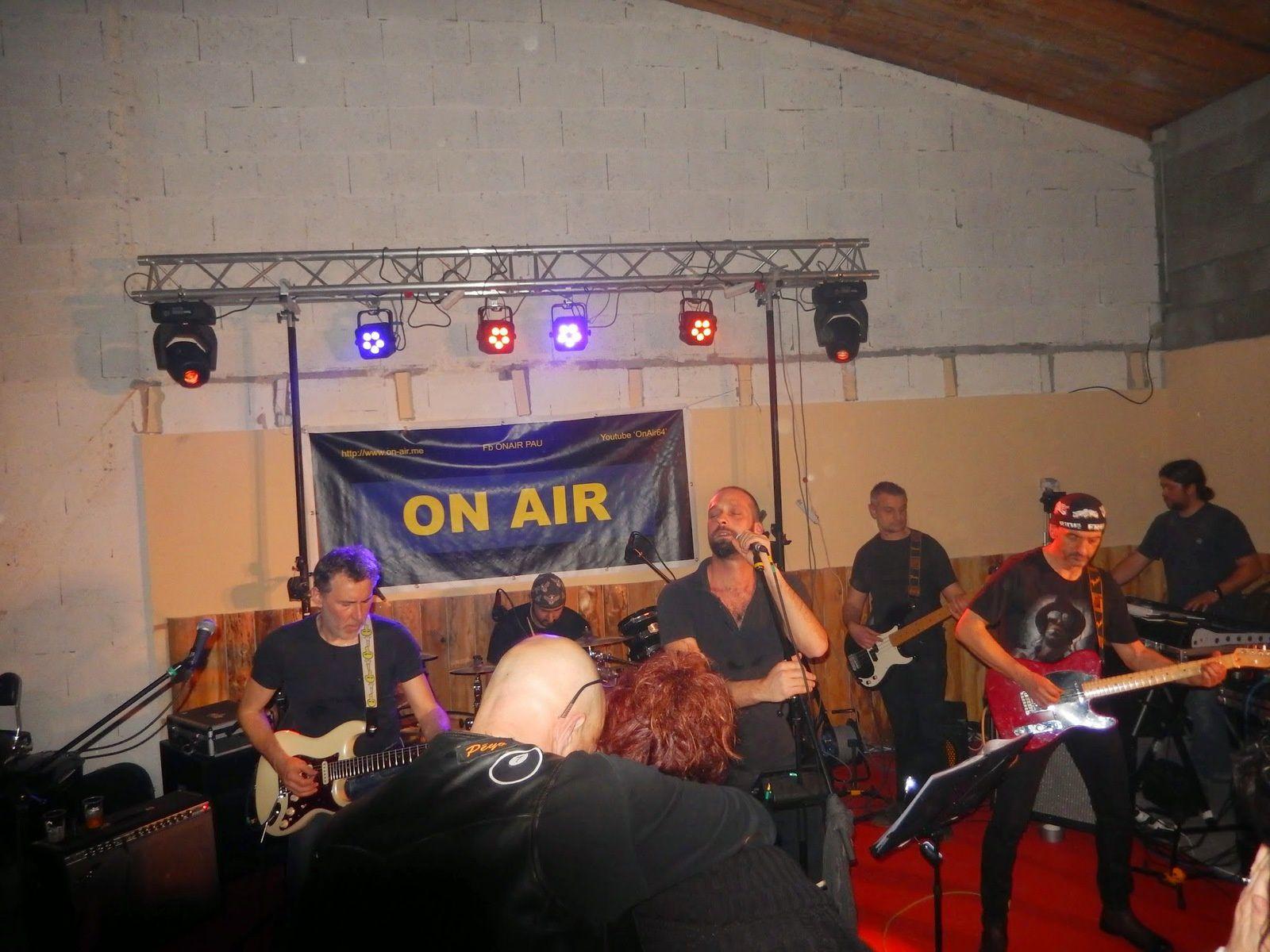 a  Album - Concert chez les FOX RIDERS