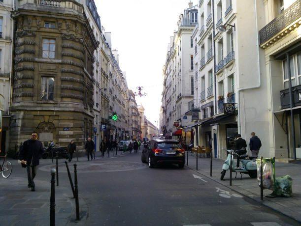 source: http://le.monde.de.momo.free.fr/lieux_maudits_en_france.htm
