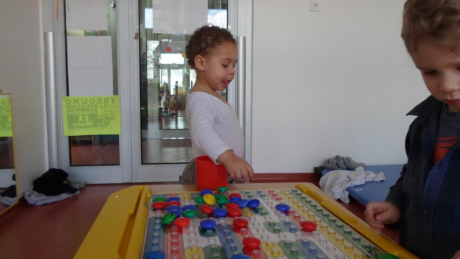 Jeux : colorédos, puzzles