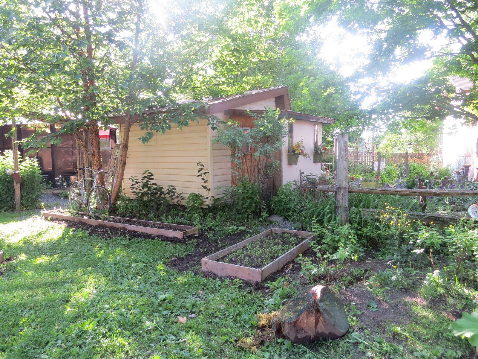 J' embellis ma vie &#x3B;o) Suite jardin .....