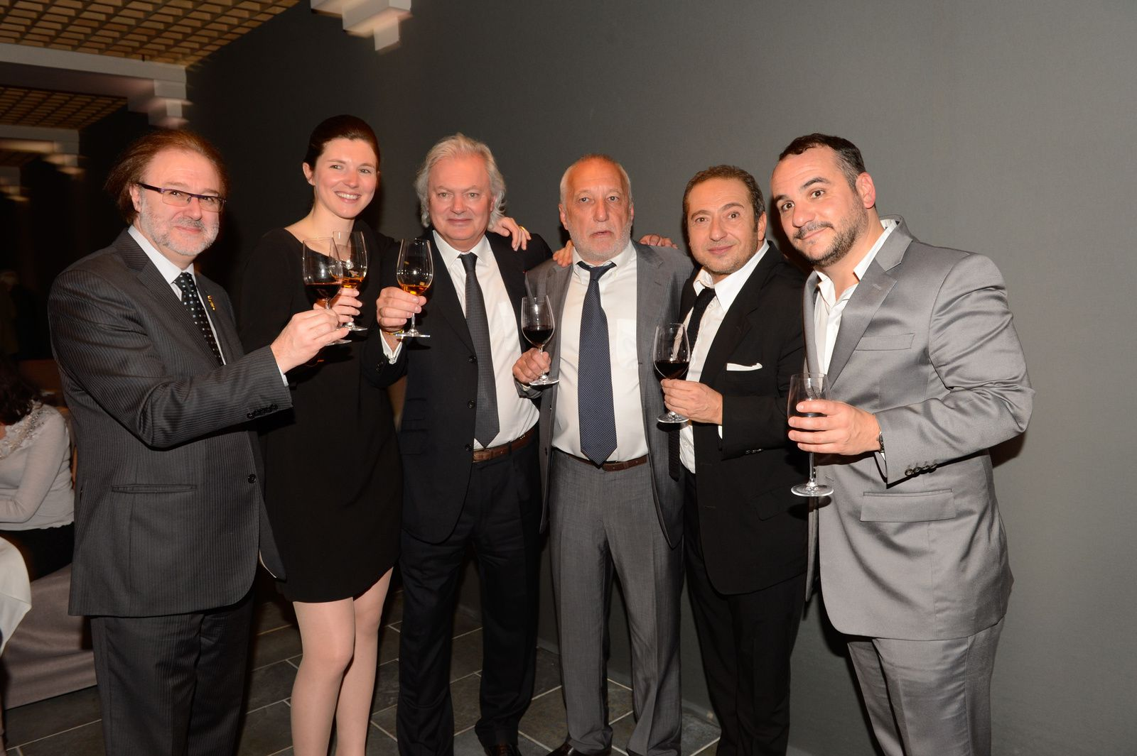 Philippe Faure-Brac, Stéphanie et Hubert de Boüard, François Berléand, Patrick Timsit et François-Xavier Demaison. Très en forme, le trio d'acteurs !