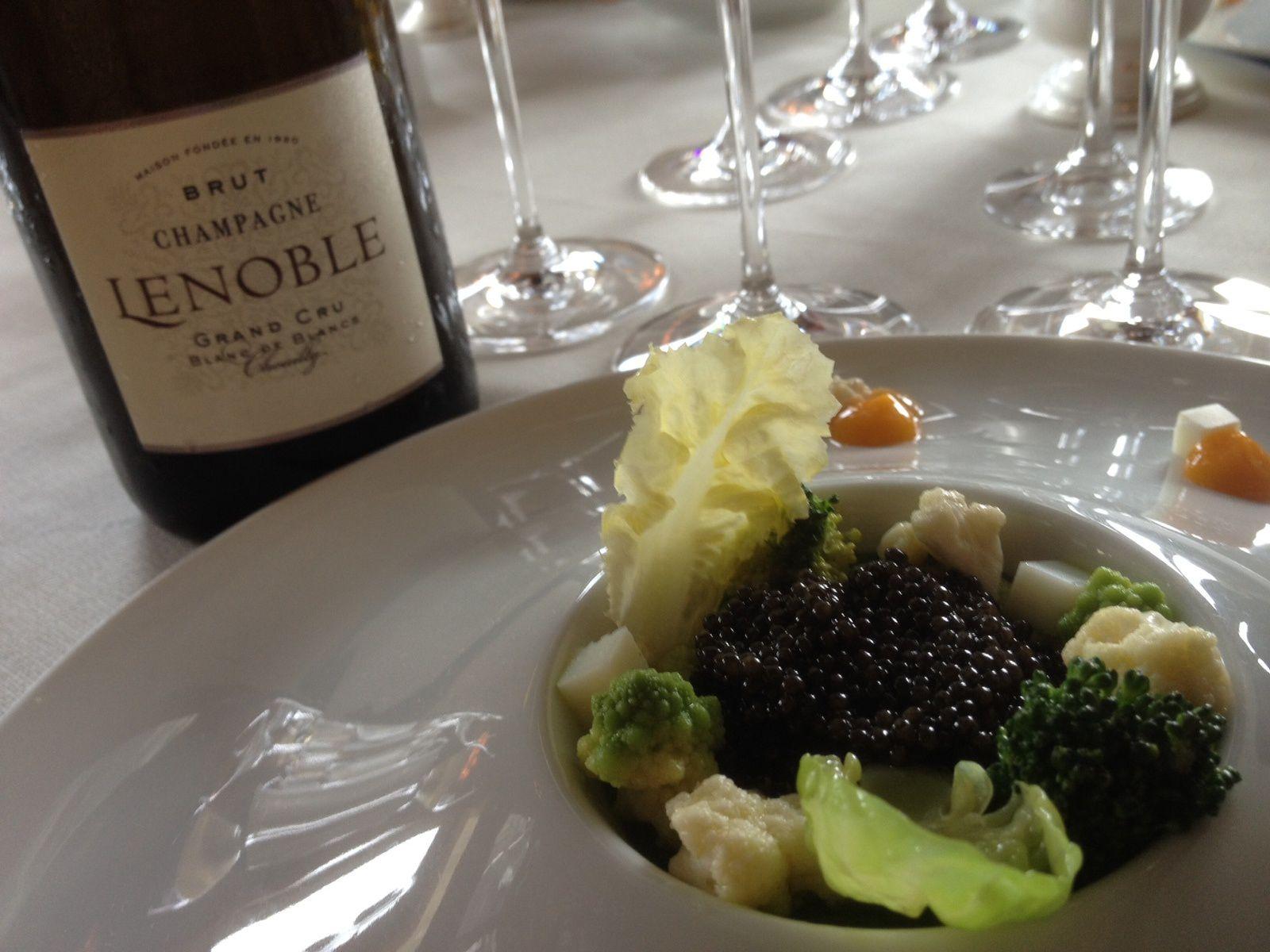 Petites lampées de champagnes Lenoble à la Tour d'Argent...