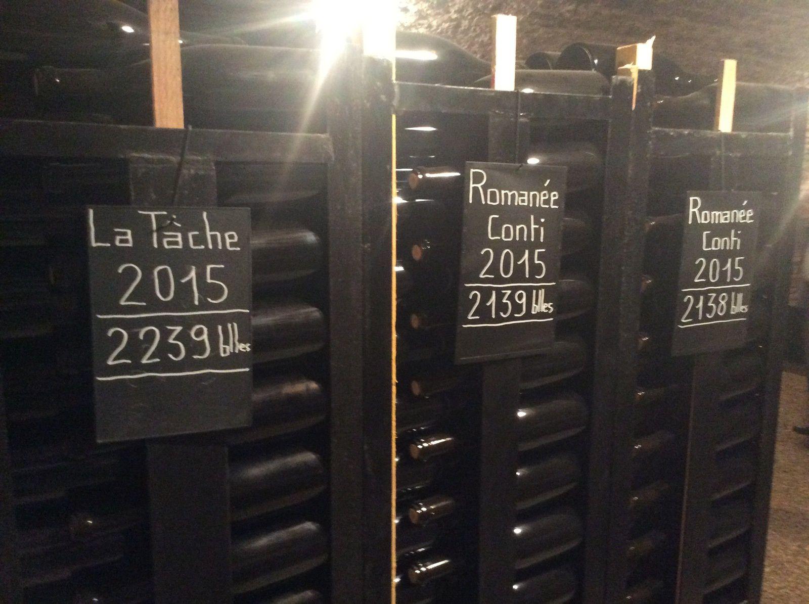 - La Tâche et la RC dans le millésime 2015 ... Les étiquettes ne seront posées qu'au moment de la mise en vente.